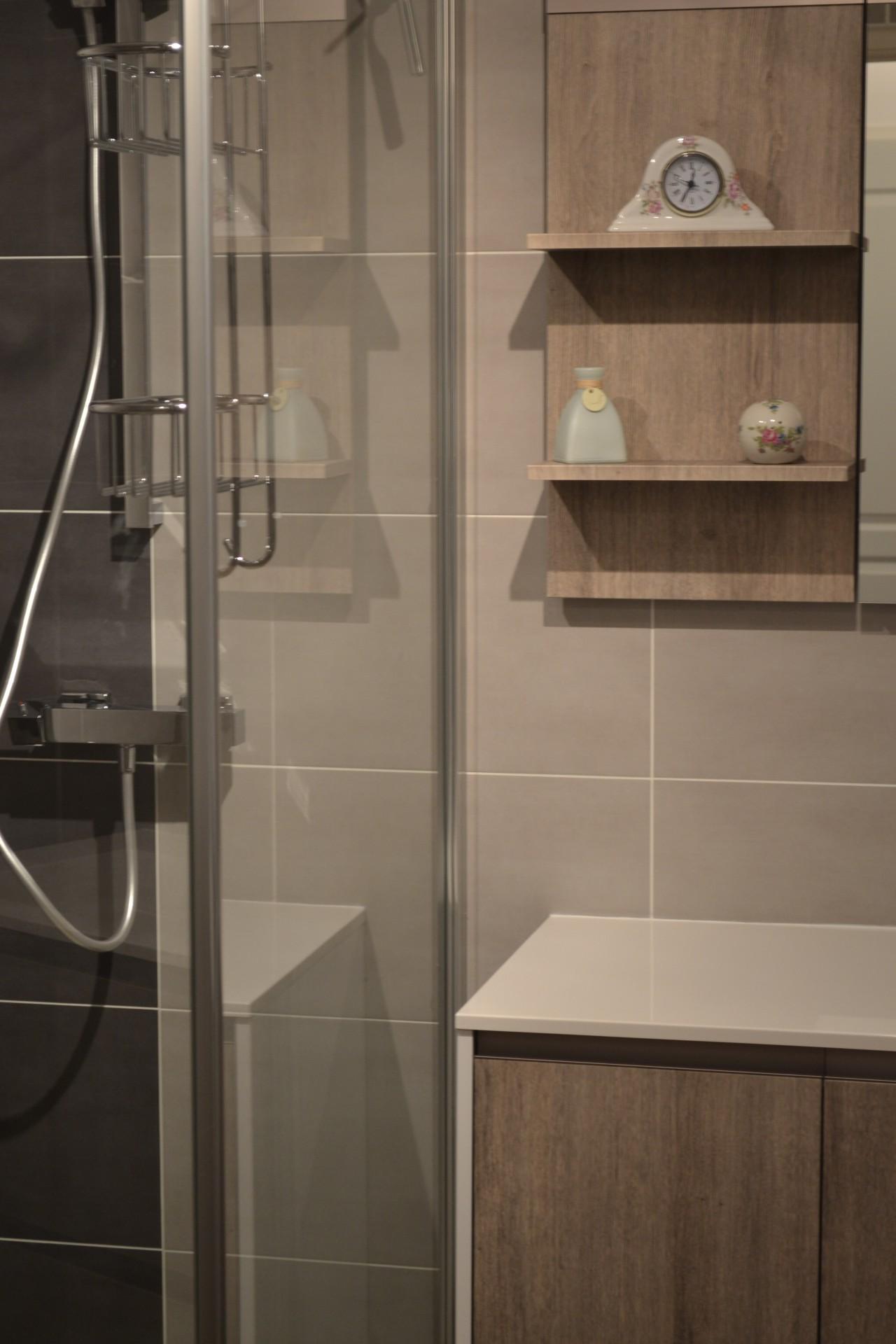 Carrelage et fa ence pour la salle de bains angers for Imitation faience